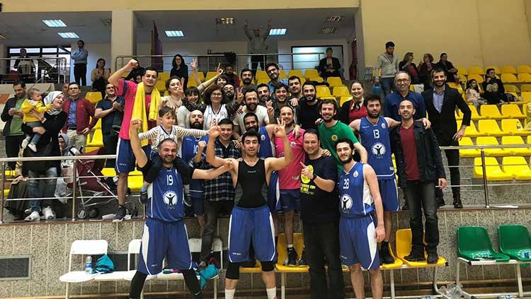 Basketbol Takımımız Finalde!