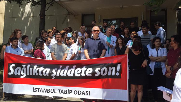 Şişli Etfal EAH'de Hekime Şiddet Protesto Edildi