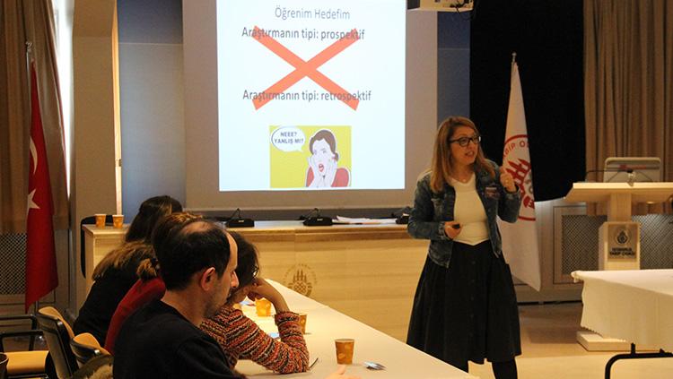 İstanbul Tabip Odası'nın tıpta uzmanlık öğrencilerine yönelik Bilimsel Araştırma Kursu 6-7 Nisan tarihlerinde gerçekleştirildi