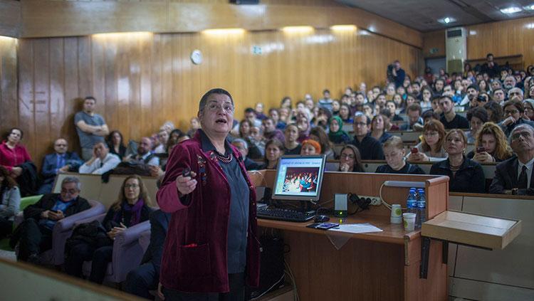 """Meslektaşımız, Hocamız Dr. Şebnem Korur Fincancı'dan """"İnsan Hakları ve Hekim Sorumluluğu"""" başlıklı """"Son Ders"""""""