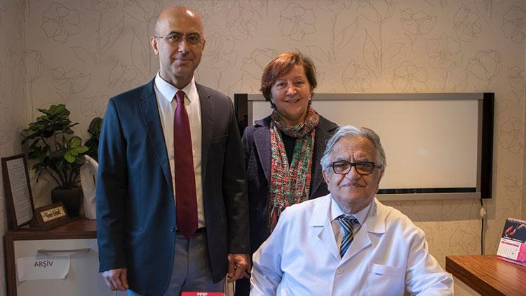 Yönetim Kurulumuz Prof. Dr. Hüsrev Hatemi'yi  Ziyaret Etti