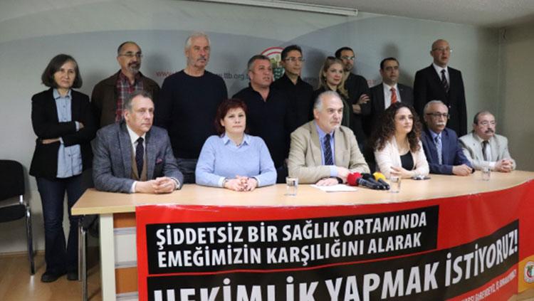15 Mart 2020 Pazar günü düzenlenmesi planlanan Büyük Beyaz Miting, Türkiye'de ilk Koronavirüs vakasının tespit edilmesinin ardından iptal edildi