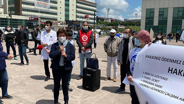 Adaletsiz Ek Ödemelere Karşı Bu Kez Haseki EAH'de Basın Açıklaması Yapıldı