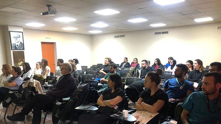 Şişli Etfal EAH'de Sağlıkta Güvenli Çalışma Eğitim Toplantısı Yapıldı