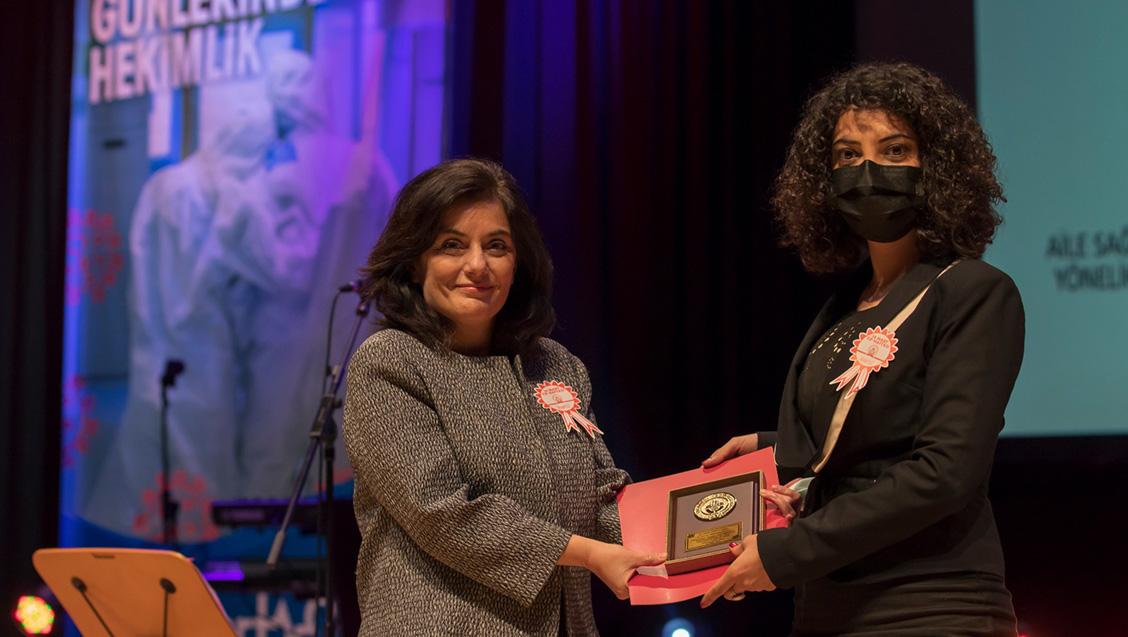 Dr. Cengiz Çetin Tez Ödüllerine İlişkin Tören Gerçekleştirildi