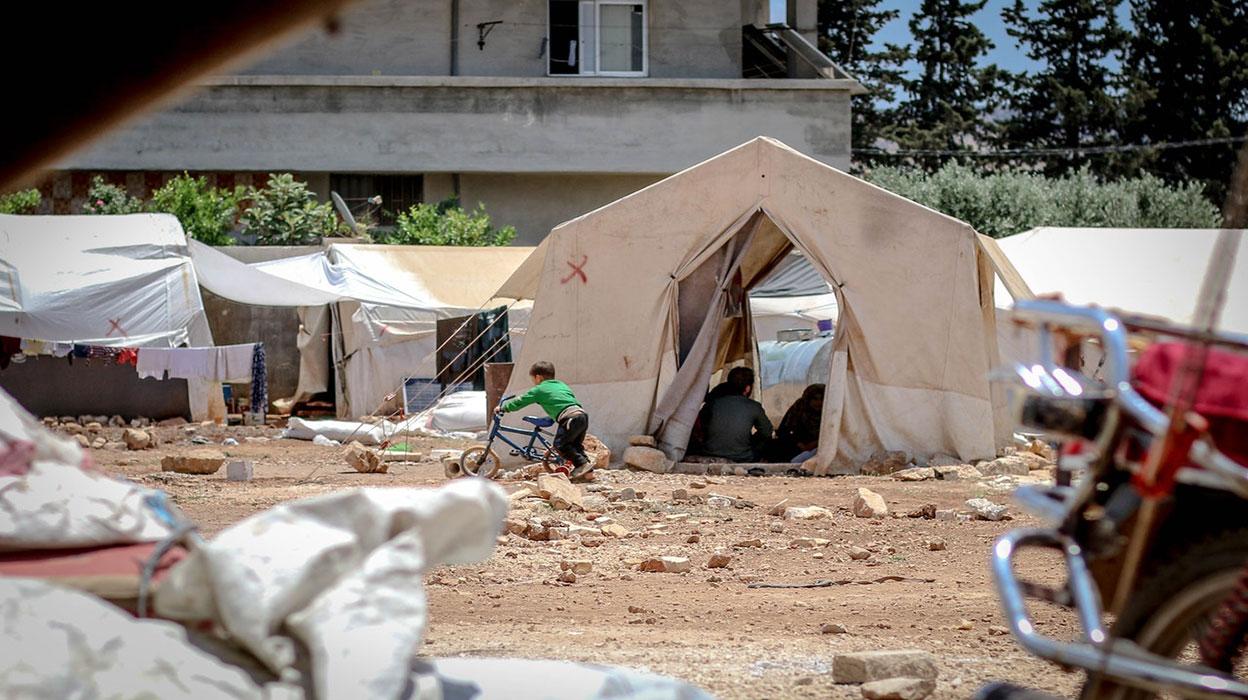 Pandemi aşılamasında gözden kaçırılan topluluk: Mülteciler