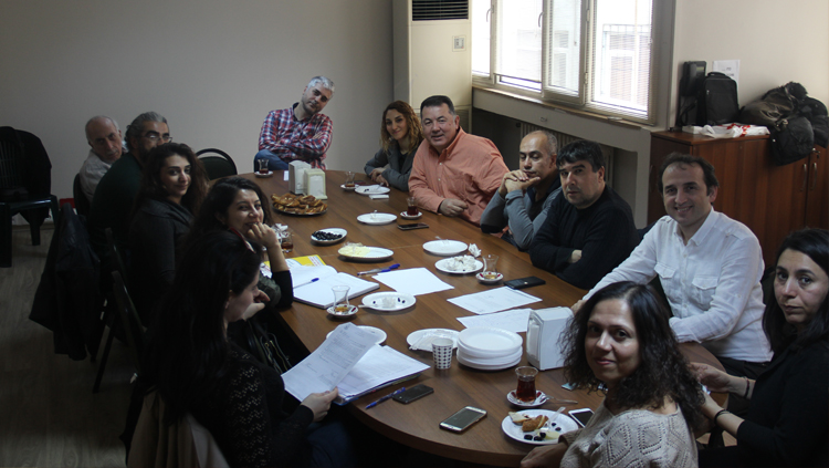 Aile Hekimleri Halk Sağlığı Merkezleri Genelgesi İçin Acil Toplandı