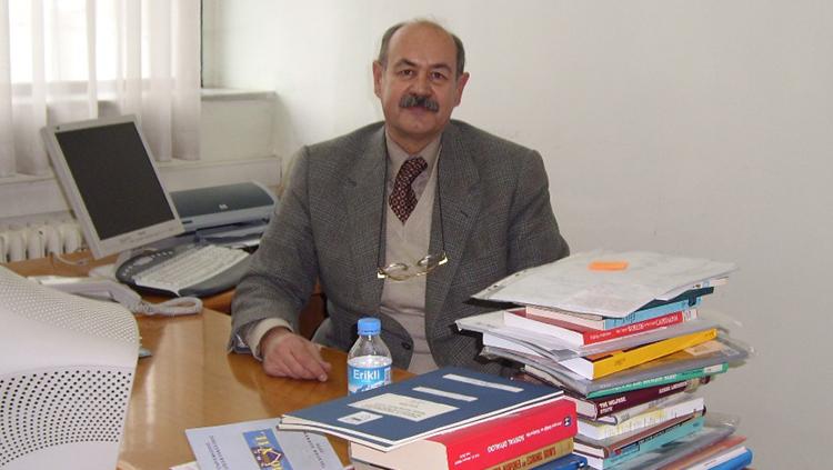 Prof. Dr. Gürhan Fişek'i Kaybettik